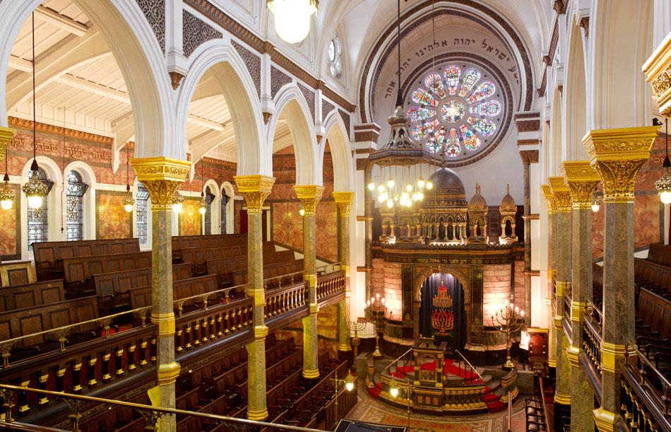 New Westend Synagogue interior